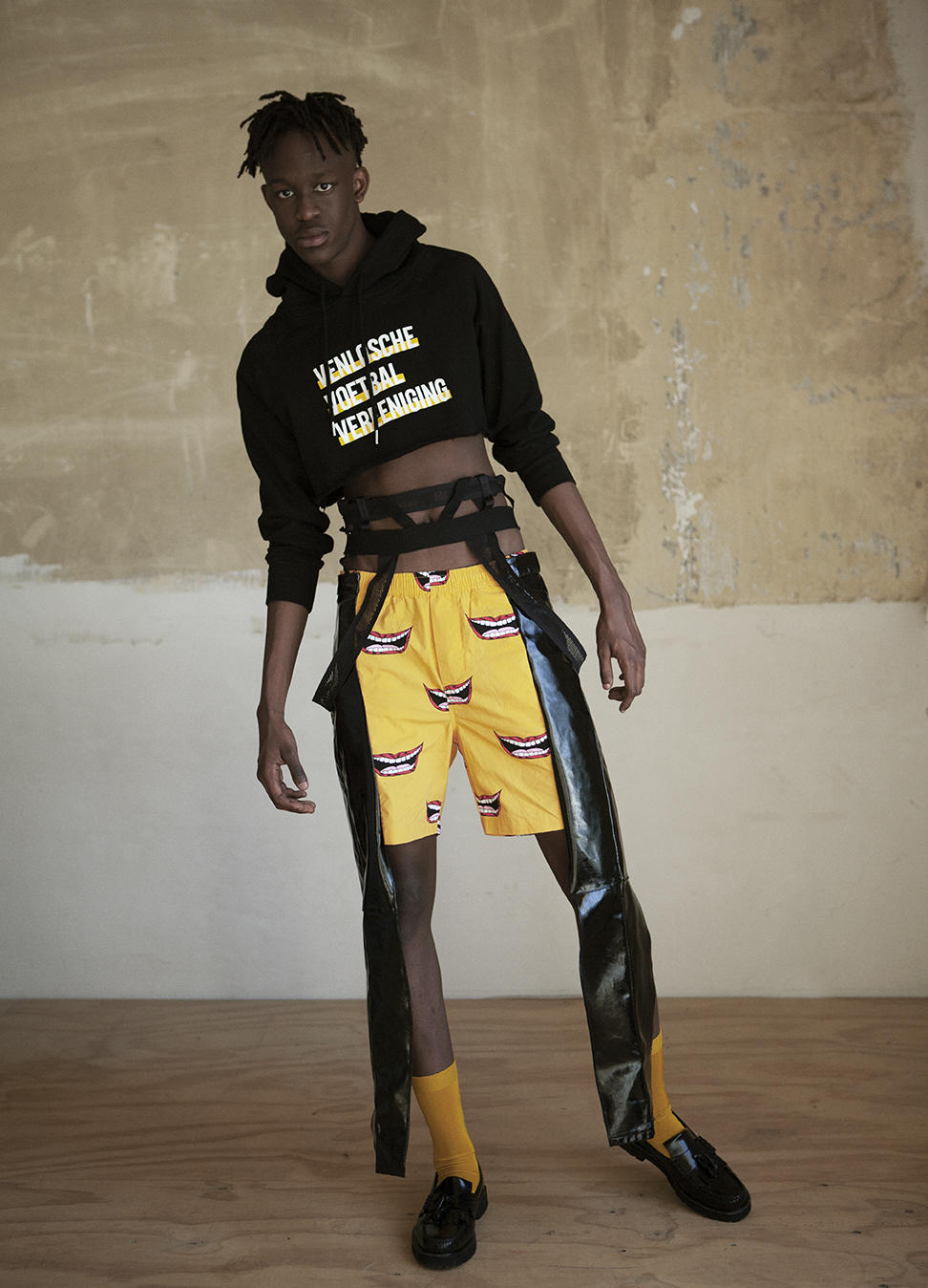 Irene Heldens X Calico Jack RE-DESIGN sustainable fashion collection - Will Falize - Vvv sweater - Smiling pants